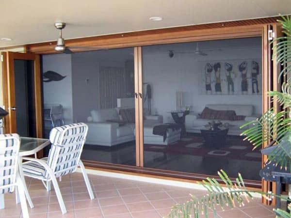Installazione-zanzariere-per-finestre-modena
